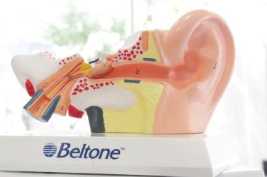 nueve consejos para el cuidado de tus oídos centro auditivo